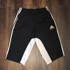 Men's Adidas shorts/capri joggers